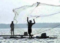 জলবায়ু পরিবর্তন : সঙ্কটে নদীর মাছ ও মৎস্যজীবী
